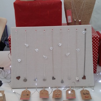 The Little Red Hen Jewellery display pinned board