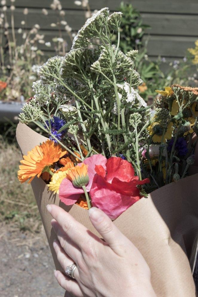 Blooming Green wildflower bouquet rehenjewellery blog