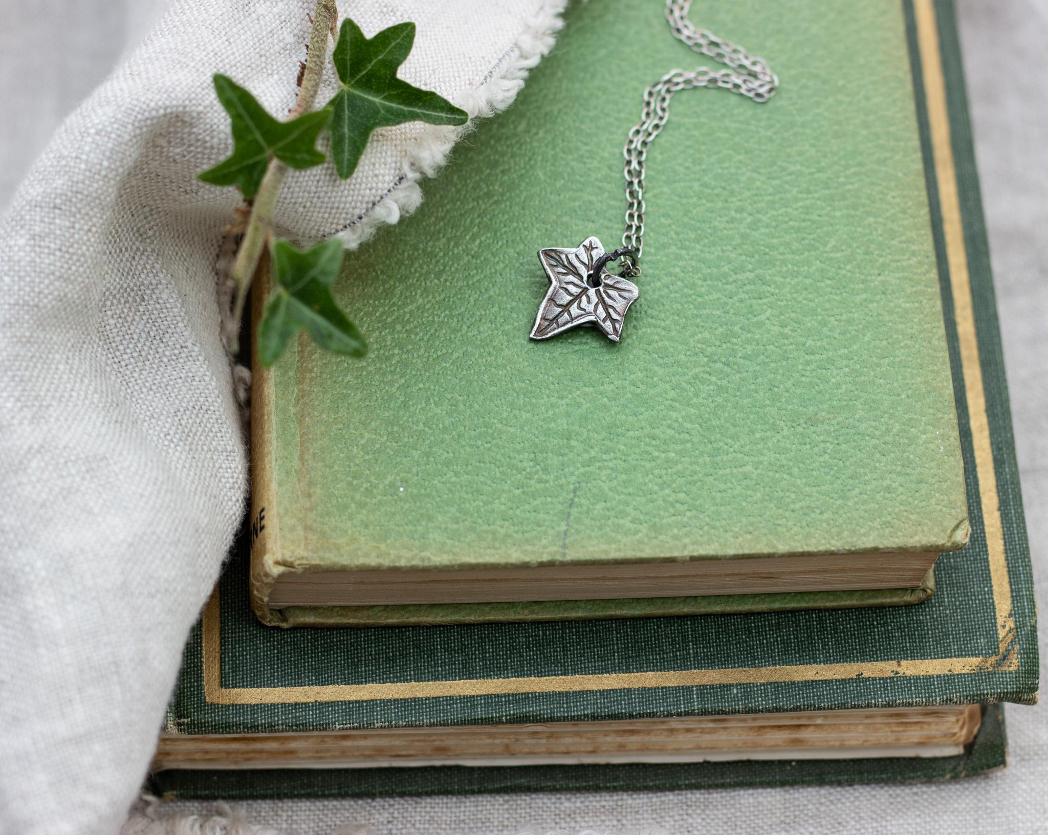 recycled-silver-ivy-leaf-pendant-handmade-jewellery-oxidised-5